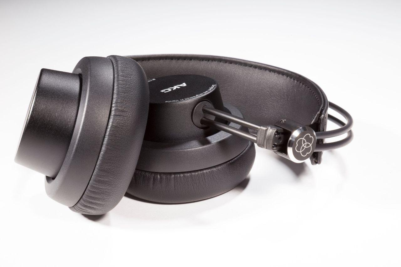 NAMM  18  AKG presenta le nuove cuffie K e il microfono C636 -  SMstrumentimusicali b0949c824bda