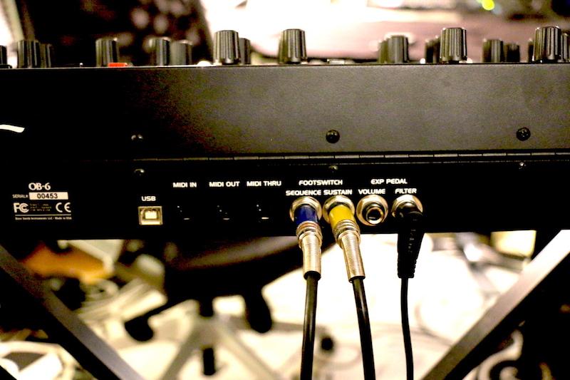 Connessioni USB, MIDI e per pedali di controllo anch'esse sul retro dello strumento
