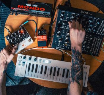 Seymour Duncan Fooz analog synth pedale effetto chitarra