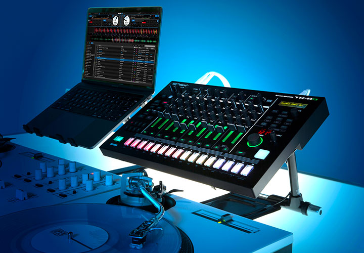 Roland Serato DJ Pro update live perform drum machine software strumenti musicali