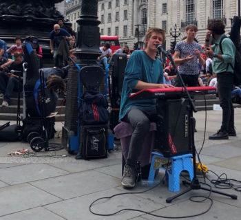 tastiera arranger keyboard live performance strumenti musicali