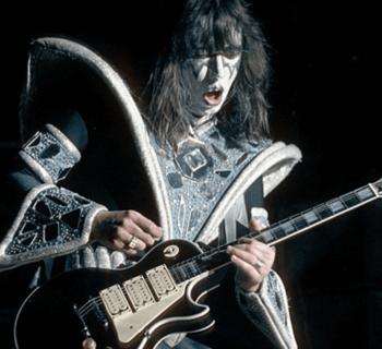 Ace Frehley Kiss parallax strumenti musicali