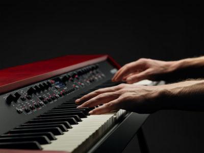 Nord Grand keyboard piano digital eko music group strumenti musicali