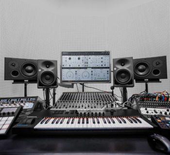 Native Instruments Massive X synth virtual instrument producer keyboard midi music strumenti musicali