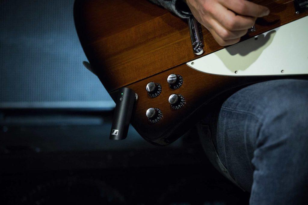 Sennheiser XSW-D Pedalboard Set chitarra wireless guitar bass exhibo strumenti musicali