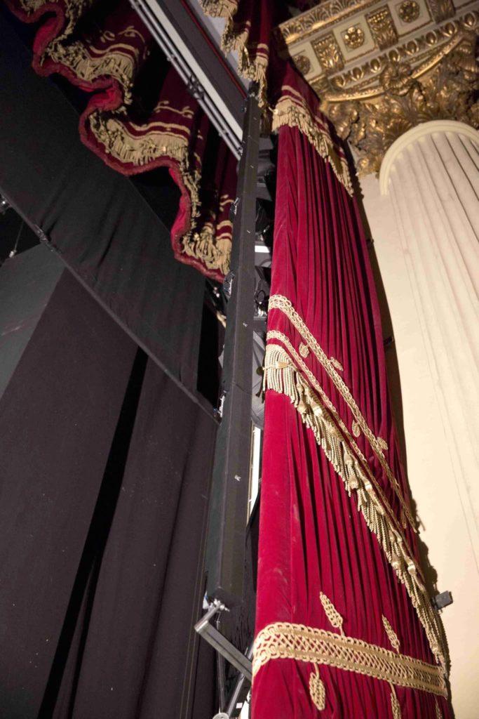 K-Array teatro la scala live installazione exhibo strumenti musicali