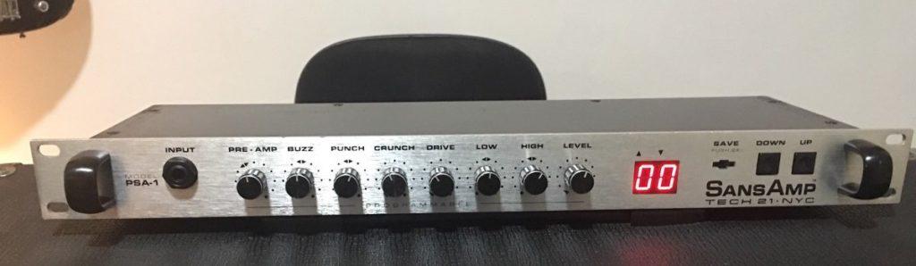 Tech21 Sansamp PSA-1 analog hardware pedal bass guitar amp pre strumenti musicali