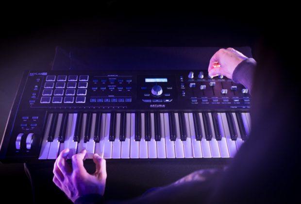 Arturia KeyLab 49 mkII controller MIDI tastiera keyboard midiware strumenti musicali
