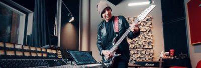 Ik Multimedi Joe Satriani chitarra guitar software mogar strumenti musicali