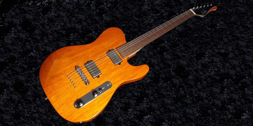 Suhr Custom Classic T Korina chitarra guitar backline strumenti musicali