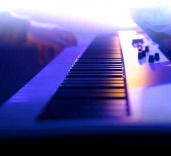 Arturia KeyLab Essential 88 keyboard controller midi tastiera midiware strumenti musicali
