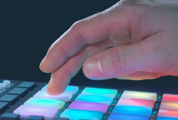 Nektar Aura beat groove hardware daw midi music producer strumenti musicali