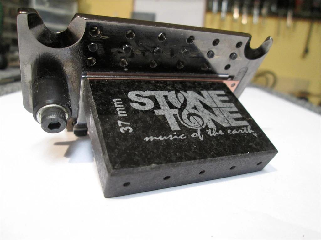Stone Tone Rock Block strumenti musicali