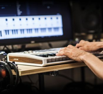 Arturia KeyLab 49 mkII controller hardware studio midi keyboard midiware strumenti musicali