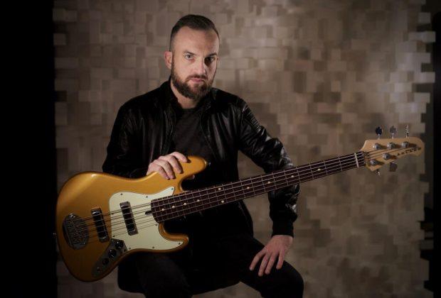 andrea torresani vasco rossi tiziano ferro elisa ermal meta franco battiato studio live music bass smandfriends strumenti musicali luca rossi