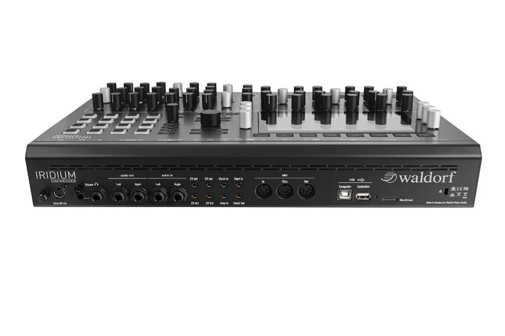 Waldorf Iridium synth hardware digital music producer desktop rackmount quantum rackmount format sounds midiware strumenti musicali