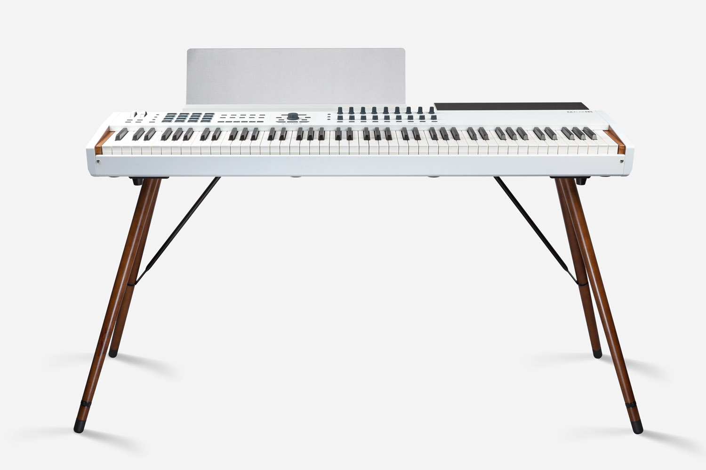 Arturia master keyboard controller midi KeyLab 88 MkII Wooden Legs midiware tasti pesati analog lab strumenti musicali