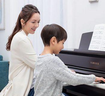 Yamaha Clavinova CLP700 stage digitale keyboard home piano mezza coda muro strumenti musicali