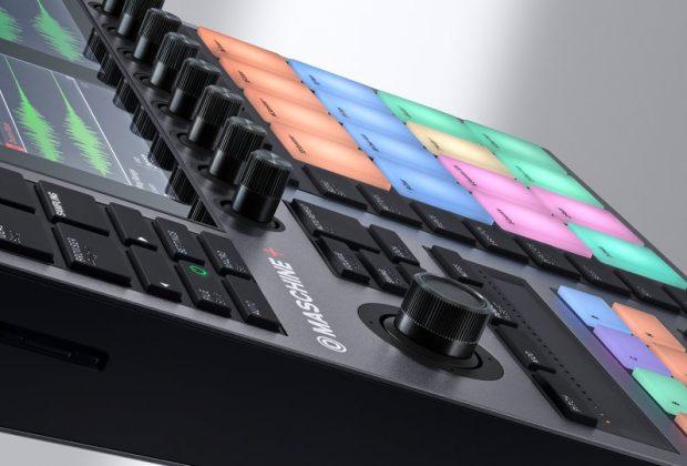 Native Instruments Maschine+ hardware producer music dj midi music komplete kontakt strumenti musicali prezzo