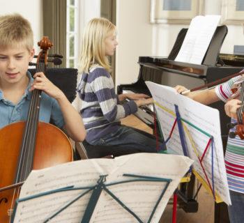 bimbi musica nelle scuole strumenti musicali