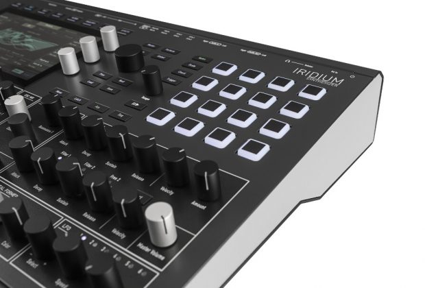 Waldorf Iridium synth test luca pilla sintetizzatore hardware digital soundwave