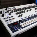 Behringer RD-9 tr909 rhythm designer roland drum machine hardware producer music price prezzo news novità strumenti musicali
