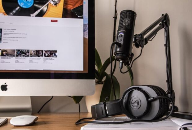 Audio-Technica ath-m20x ATR2500x-USB Creator Pack monitor headphones broadcast podcast youtube recording home studio sisme strumenti musicali