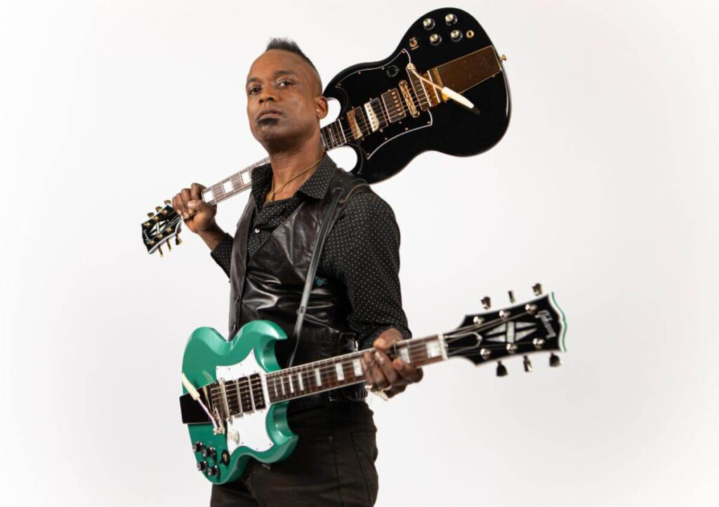 Gibson SG Custom Kirk Douglas chitarra guitar electric the roots jimmy fallon signature strumenti musicali