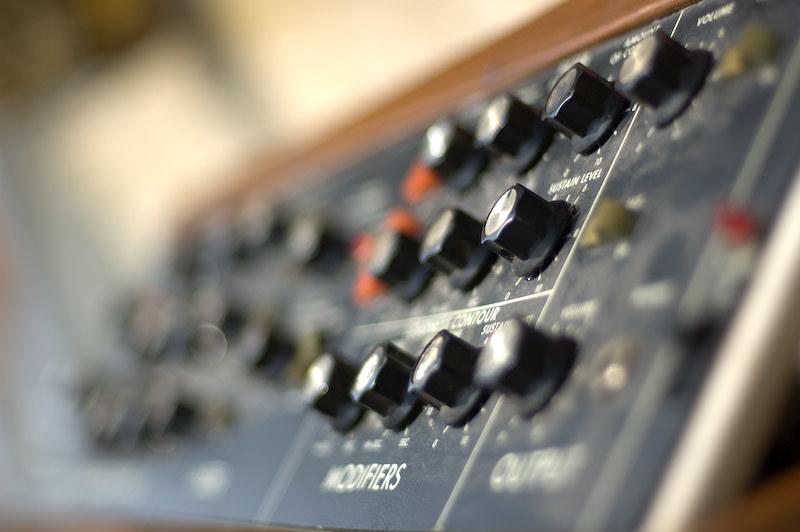 sintetizzatore vintage