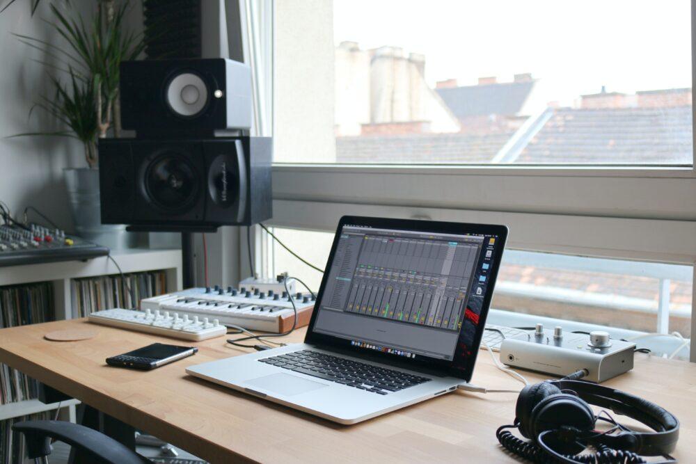 home studio monitor