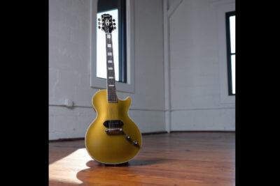 Epiphone Jared James Nichols Gold Glory Les Paul Custom chitarra elettrica strumenti musicali
