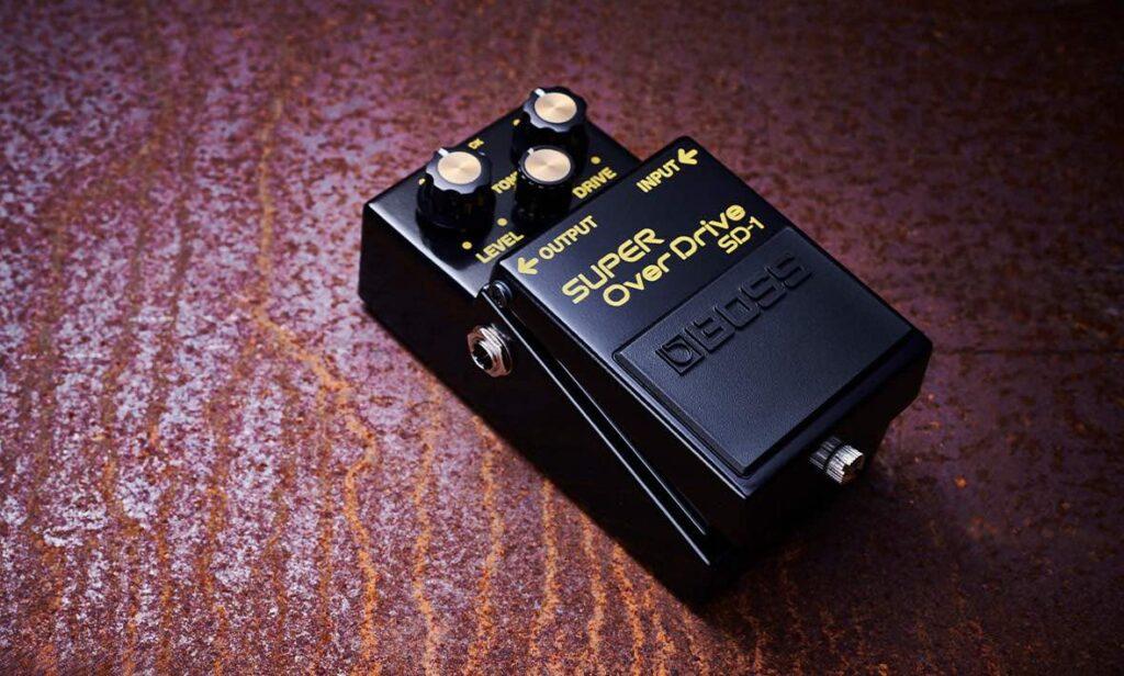 BOSS SD-1 anniversario super overdrive pedale fx chitarra guitar stompbox strumentimusicali