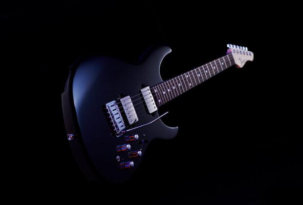 Boss Eurus GS-1 chitarra elettrica sintetizzatore synth strumentimusicali