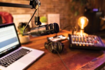 Audio-Technica AT2040 podcast broadcast recording home studio microfono dinamico ipercardioide aeb distirbuzioni strumentimusicali