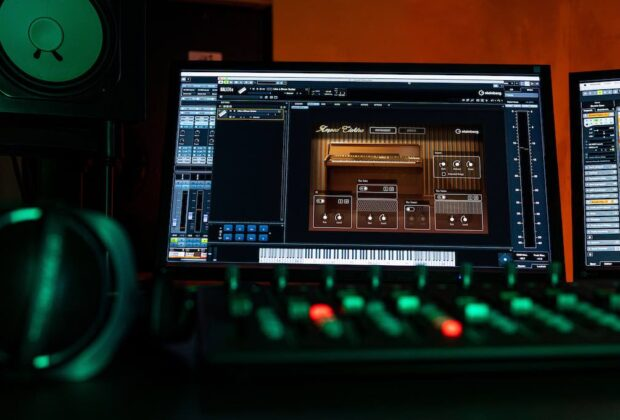 Steinberg Amped Elektra Absolute 5 virtual instrument soft synth sintetizzatore music producer audiofader