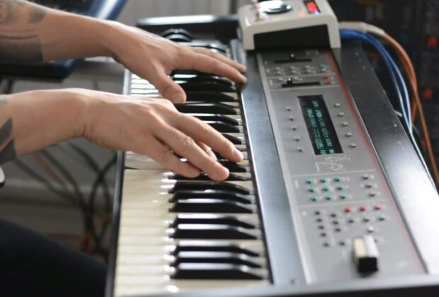 Arturia SQ80V virtual instrument soft synth software tastiera keyboard arturia strumentimusicali