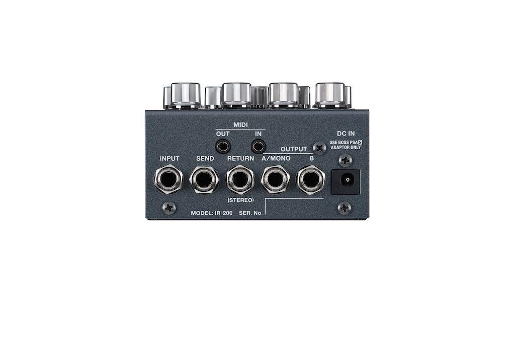 Boss IR200 pedale stompbox hardware digital cab simulator strumentimusicali