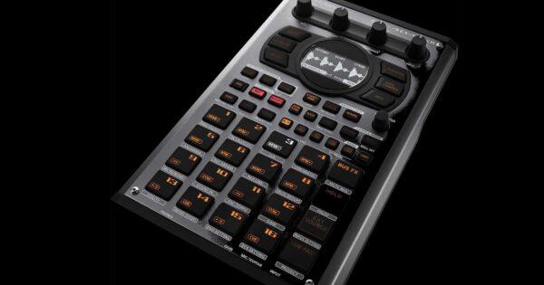 Roland SP404 mk2 sampler campionatore hardware digital producer dj strumentimusicali