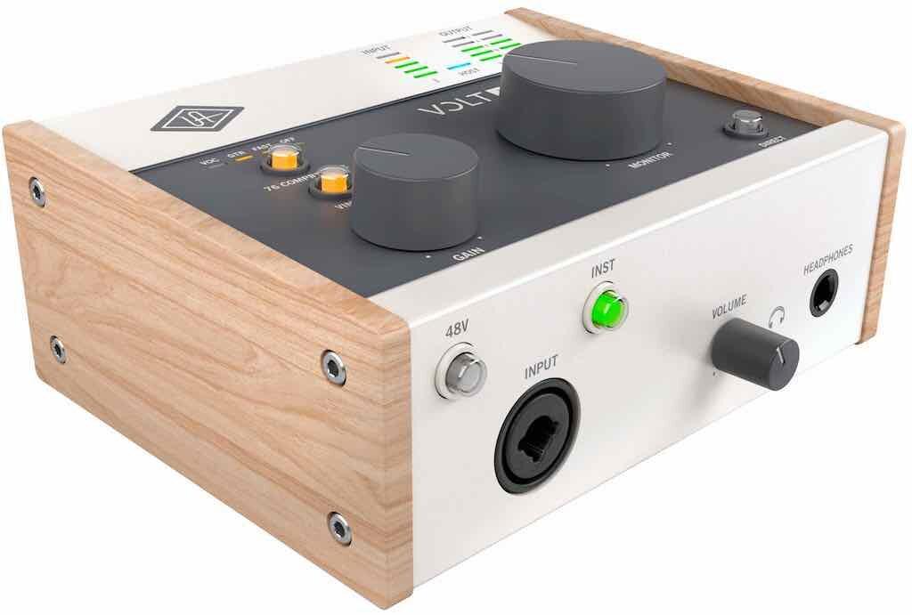 Universal Audio Volt 176 interfaccia audio mobile iphone ipad pc mac hardware home studio recording midiware strumentimusicali